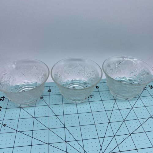 Set Of 3 Vintage Footed Clear Glass Sherbet / Dessert Cups