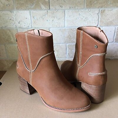 UGG ANNIE CHESTNUT FASHION LEATHER ZIP HEEL ANKLE BOOTIES BOOTS SIZE 9 WOMENS