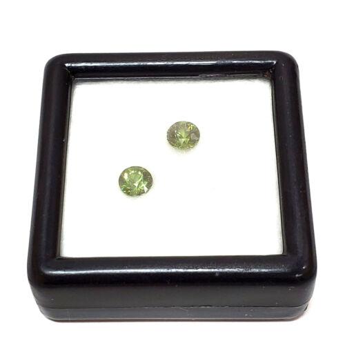 Set of 2 matching demantoid garnet round loose stones