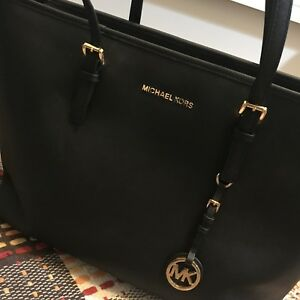 Michael Kors large top-zip leather tote
