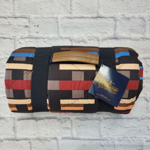 Pendleton Brownsville Throw Blanket with Strap Carrying Handle Stadium 50X70 NWT