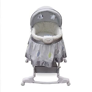 WANTED: Foster Mom with Colicky Baby looking for Bassinet