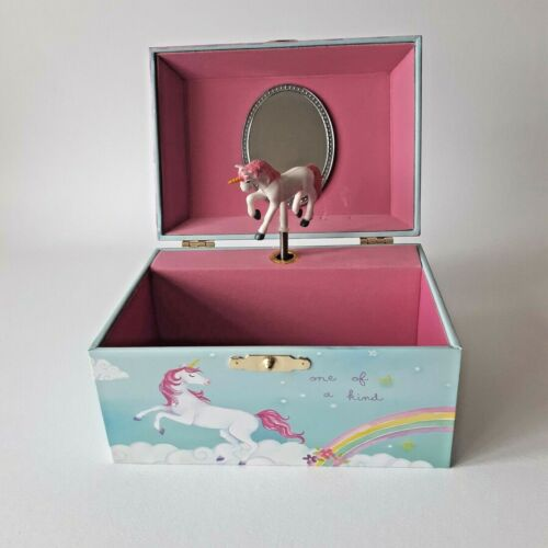 Musical+Jewelery+Box+Plays+Tunes+With+Magical+Unicorn