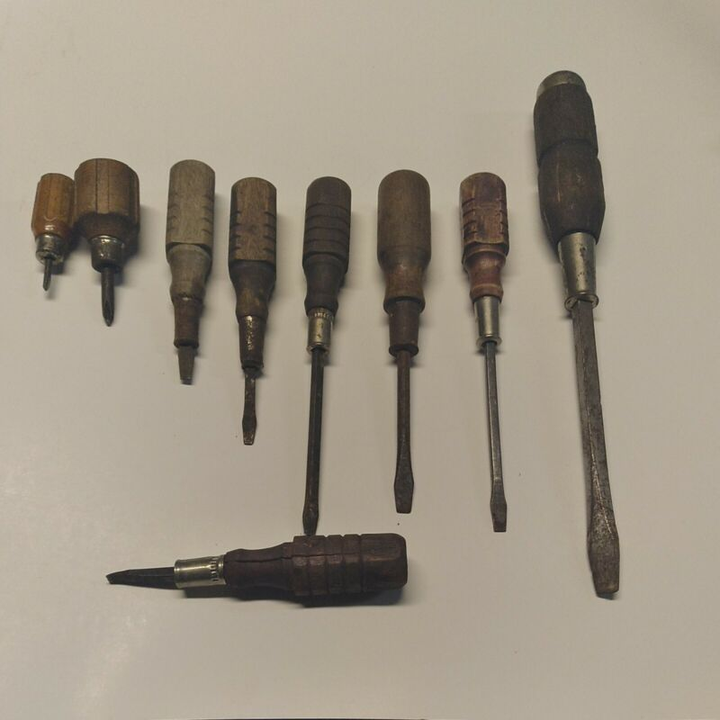 Vintage Wooden Handle Screwdrivers Lot of 9 Phillips and Straight