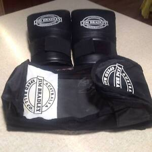 Traning Gloves Westmeadows Hume Area Preview