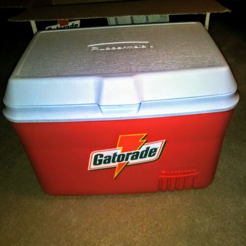 GATORADE 48 Quart Ice Chest with Removable Food Tray. Brand