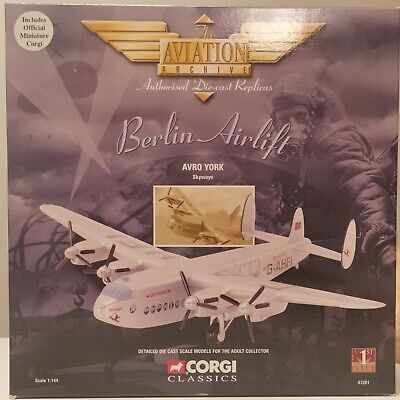 Corgi Aviation Archive Berlin Airlift Avro York Skyways Airplane Aircraft 1:144