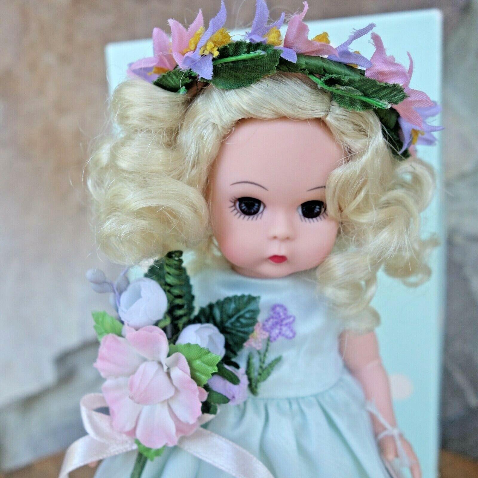 Madame Alexander 8 - Spring Garden Flower Girl 34390 - Original Box - $75.00