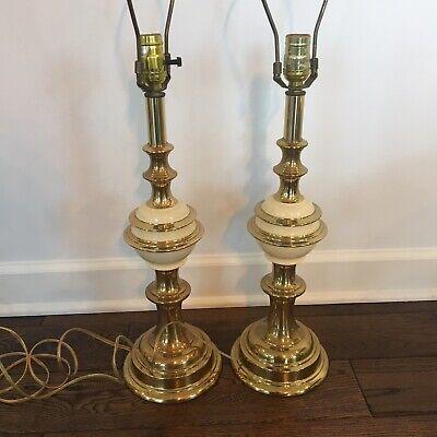 Vintage Pair of Filigree Hollywood Regency Glam Leaf Design Mid Century Glass and Brass Finish Light Lamp Dresser  Night Stand