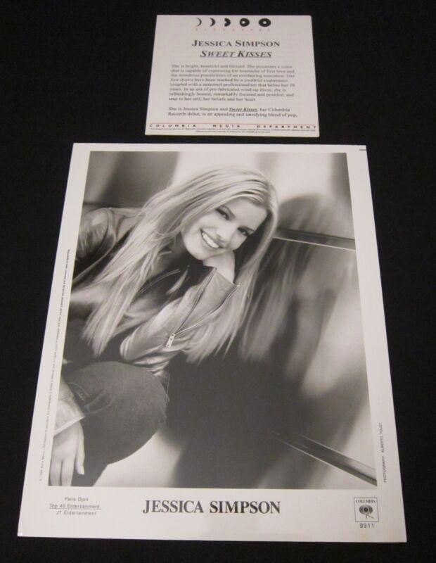 JESSICA SIMPSON 'SWEET KISSES' 1999 PRESS KIT--PHOTO
