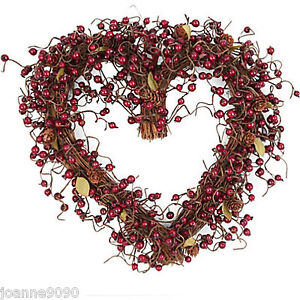 GISELA-GRAHAM-FESTIVE-RED-BERRY-TWIG-LOVE-HEART-WREATH-CHRISTMAS-DECORATION-GIFT