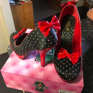 Pin up Couture shoes