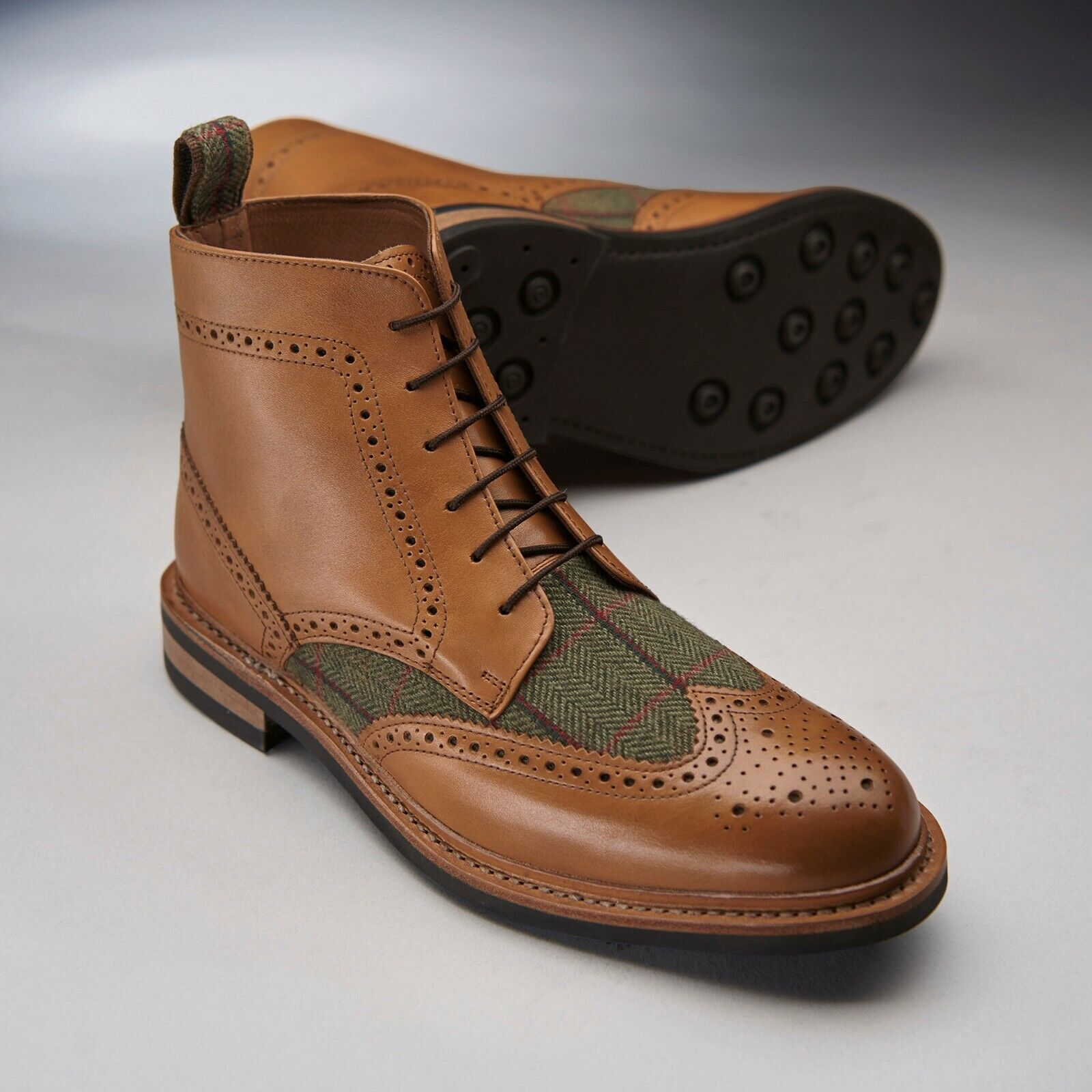 Details about Samuel Windsor Mens Leather Boots Tweed Brogue Lace Up Rubber Sole UK Sizes 5 14