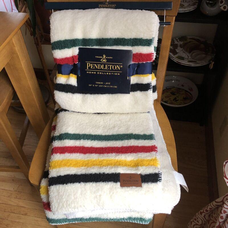 """Pendleton Throw Blanket Reversible Fleece 50""""x70"""" Hudson Striped NWT"""