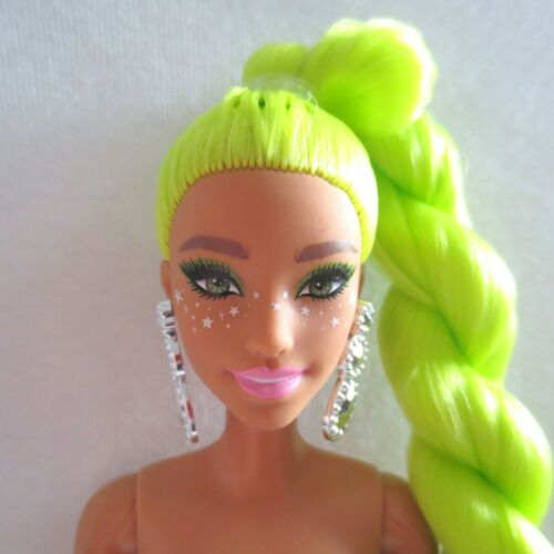 NEW! 2021 Barbie Extra Doll Green Long Hair Twist ~ Teresa Articulated Nude