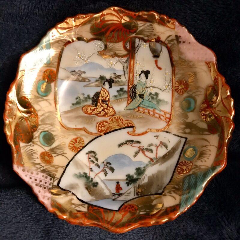 5 Meiji Period Kutani SEI Japanese Geisha Ware Porcelain Rice Fruit Bowls