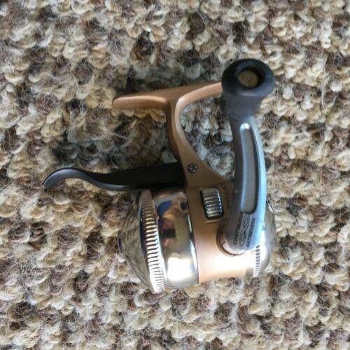 Zebco 11 Gold  3  Bearing Anti-Reverse Spincasting Reel
