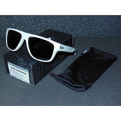 6ca7b902f4 New Oakley Breadbox Sunglasses Matte Cloud Black Iridium POLARIZED bread box