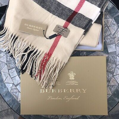 Burberry Archive Beige Check Cashmere Scarf Brand New in Gift Box - Unisex