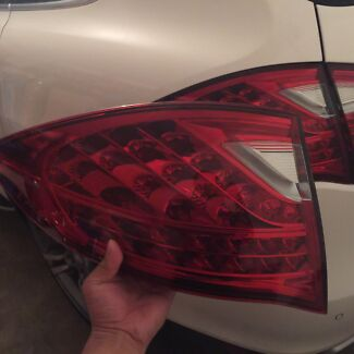 Porsche Cayenne tail light suits 2011 to 2014 model Turramurra Ku-ring-gai Area Preview