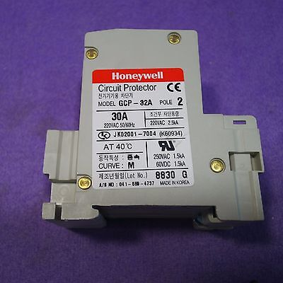 Honeywell GCP-32A USED 5A Circuit Protector 2 Pole switch