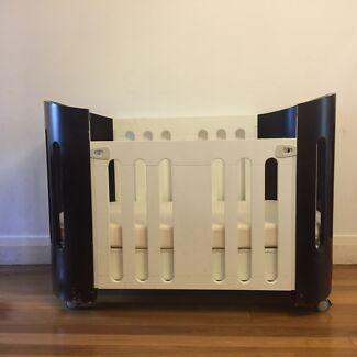 Bloom Luxo Sleep Cot - Modern Eco Cot