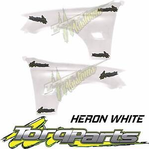 REPLACEMENT PAIR OF GUARDS HERON WHITE SUIT VE COMMODORE HOLDEN 0 Bayswater Knox Area Preview