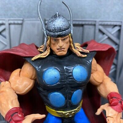 "Marvel Legends Toybiz Avengers 2003 Thor 6"" Inch Action Figure"