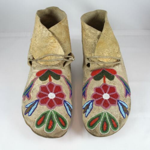 FINE PAIR 19TH/ 20TH C NATIVE AMERICAN HIDE MOCCASINS w FACETED & STEEL BEADS