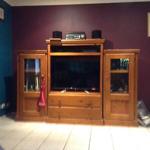 3piece solid pine tv unit Springfield Ipswich City Preview