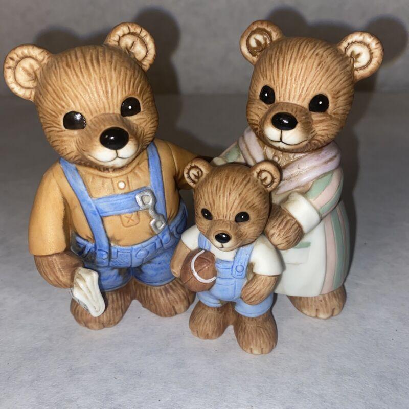 """Homco 1450 Porcelain Bear Family Figurines 2 Piece Set 3.5"""" EUC"""