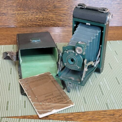 Kodak No. 1 Pocket Jr. Green w/Green Case and Instructions Great Display Piece!