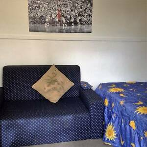Small Rooming House in Tree Lined South Yarra $140 p/w South Yarra Stonnington Area Preview