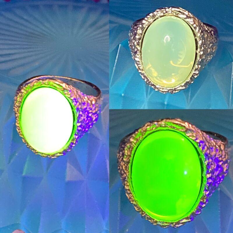 Vintage Silver Tone Ring w/ Custard Uranium Glass Cab Size 8.5