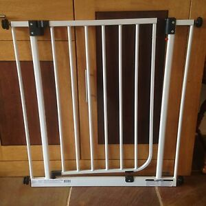 Target Baby gates (Twin pack) Aspendale Gardens Kingston Area Preview