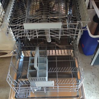 BEKO dish washer. Prestons Liverpool Area Preview