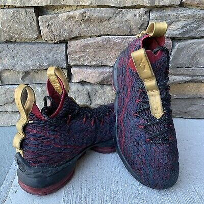 Boys Nike Lebron James 15 GS  Heights Basketball Shoes Size 5Y 922811-300