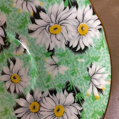 LOVELY SHELLEY GREEN DAISY 5.75 INCH SAUCER, EXCELLENT CONDITION