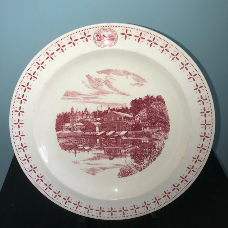"PHILLIPS EXETER ACADEMY PLATE ""The Academy Boathouse"" WEDGWOOD, 1956"