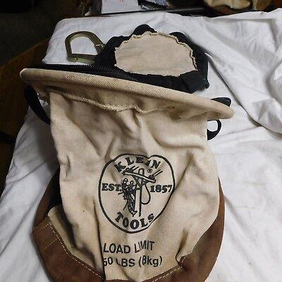 Klein Tool Bag 150 Lb With Zipper Top Large Hook