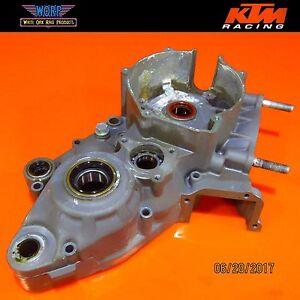 1999 KTM 300 380 250 MXC Engine Left Crank Case Crankcase Bottom End 54630000944