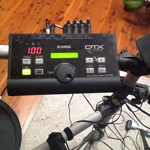 Electronic drum kit DTX 500K Belmont North Lake Macquarie Area Preview