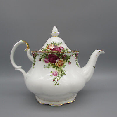 Royal Albert China OLD COUNTRY ROSES Teapot w/ Lid