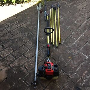 Hedge trimmer and chainsaw Macquarie Fields Campbelltown Area Preview