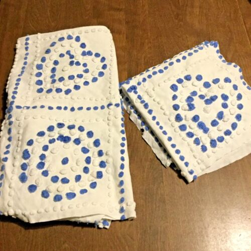 IFW~Vintage Chenille Bedspread Fabric Cutter Pieces ~White/Blue Pops