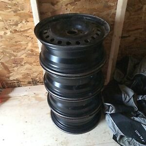"16"" Steel rims 5 bolt x 114"