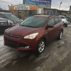 2016 Ford Escape SE 4WD Back up camera Sync touch No accidents