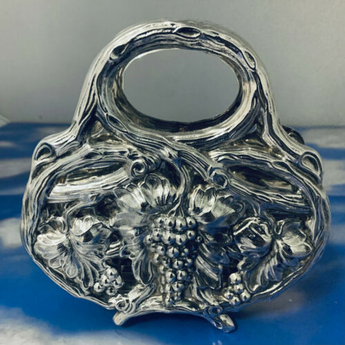 BEAUTIFUL SOLID 925 STERLING  SILVER NAPKIN  HOLDER