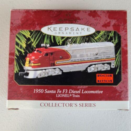 1997 Lionel Hallmark Keepsake Ornament Train 1950 Santa Fe Diesel Locomotive NIB