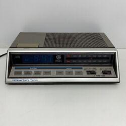 Vtg General Electric GE AM/FM Digital Touch Control Alarm Clock Radio Blue LED